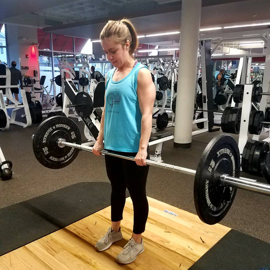 anna lifting weights